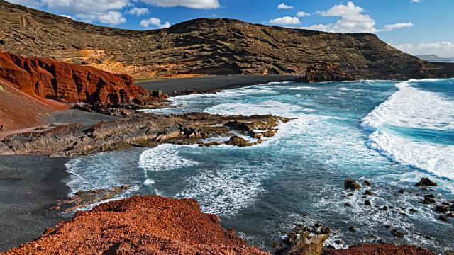 VIEW OF LANZAROTE COASTLINE - CANARY ISLANDS